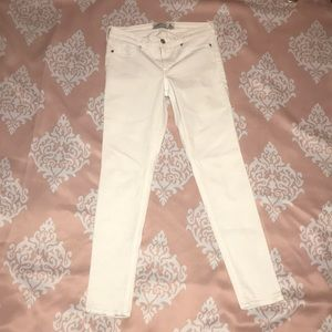Abercrombie & Fitch Super Skinny White Jeans